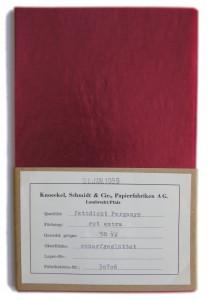 Rød-pergmanet